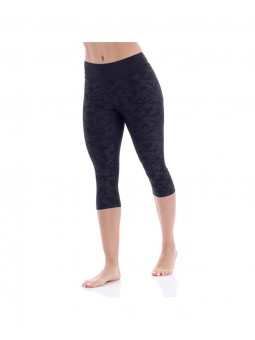 Capri Legging Embossed